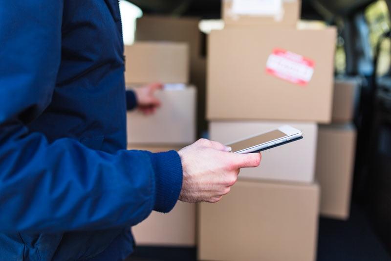 انتخاب و بسته بندی سفارشات